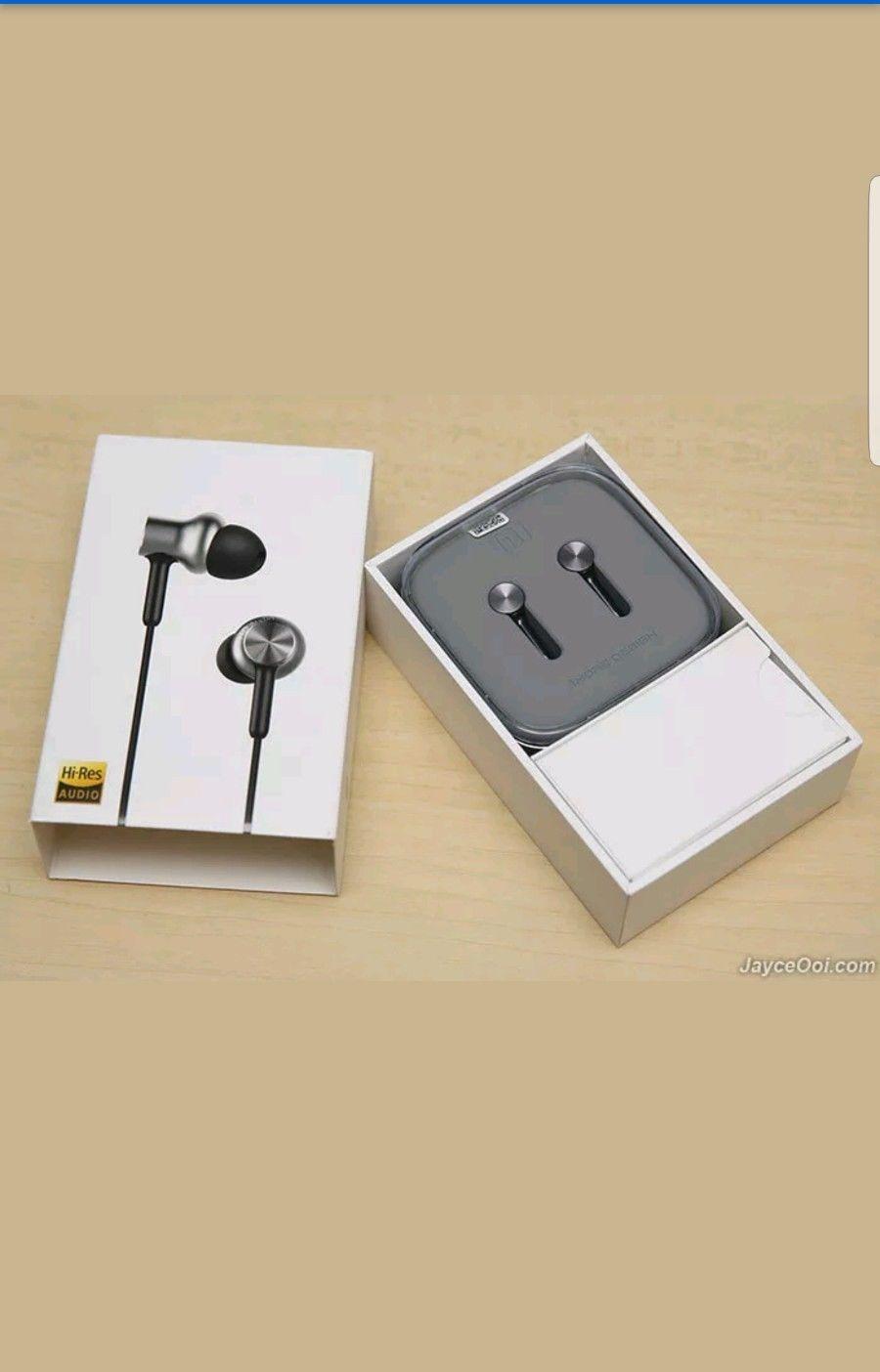 vardaanmart Xiaomi Mi Piston Earphone Redmi Note/mi 3/mi 4 V2.1- Piston