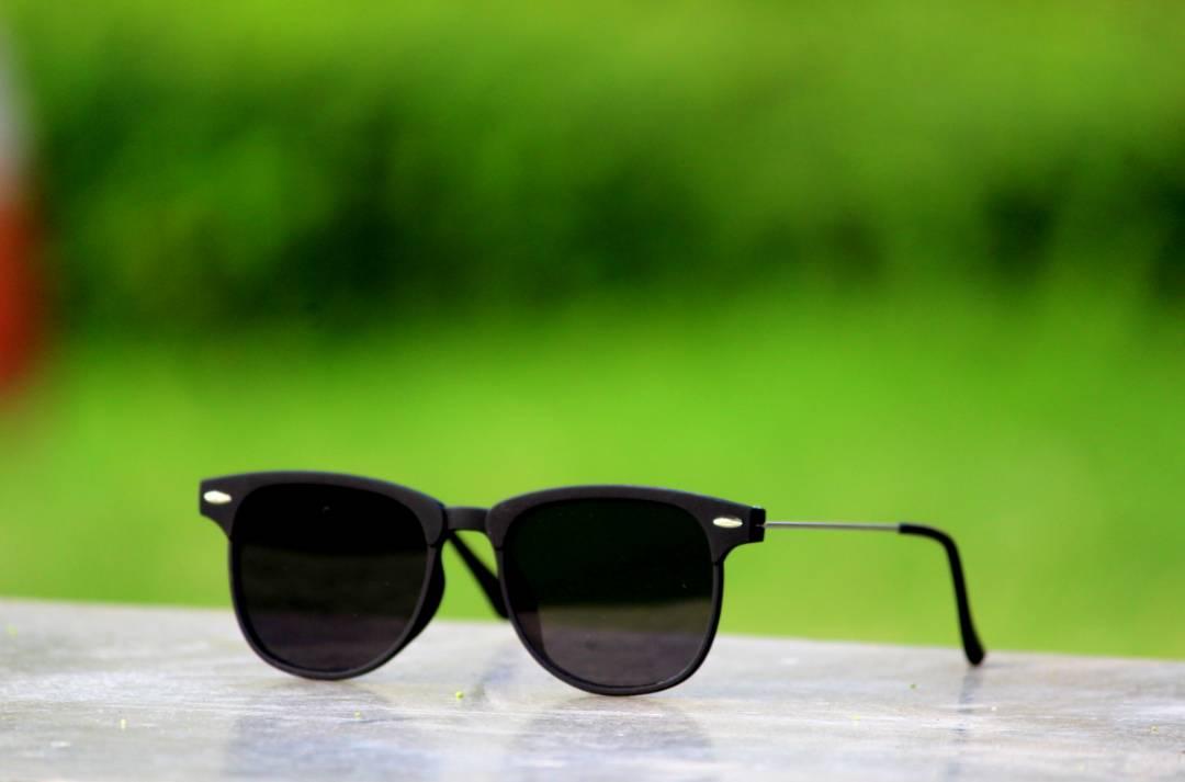 1624231c5ab Black Sunglasses latest Stylish look frame for men by apnisha
